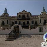 Отель «Замок Венеции» на берегу моря Дальняя Коса