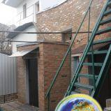 Продается дом с удобствами, на два входа