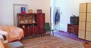 2-х комн. квартира с отдельным входом, по ул. Баха